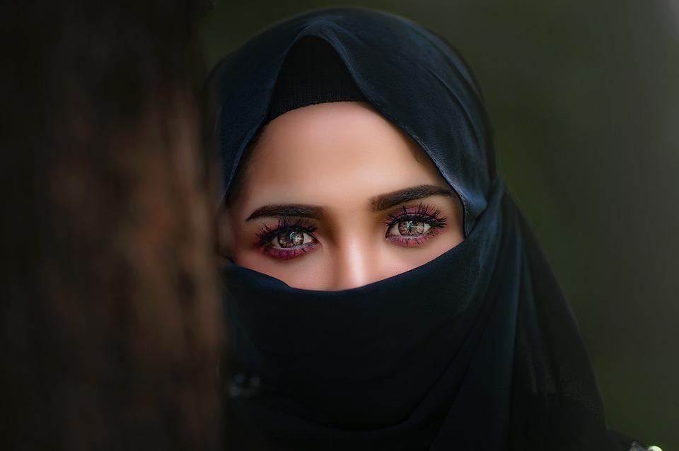 Trend Hijab Generasi Milenial Versi Cari Ustadz
